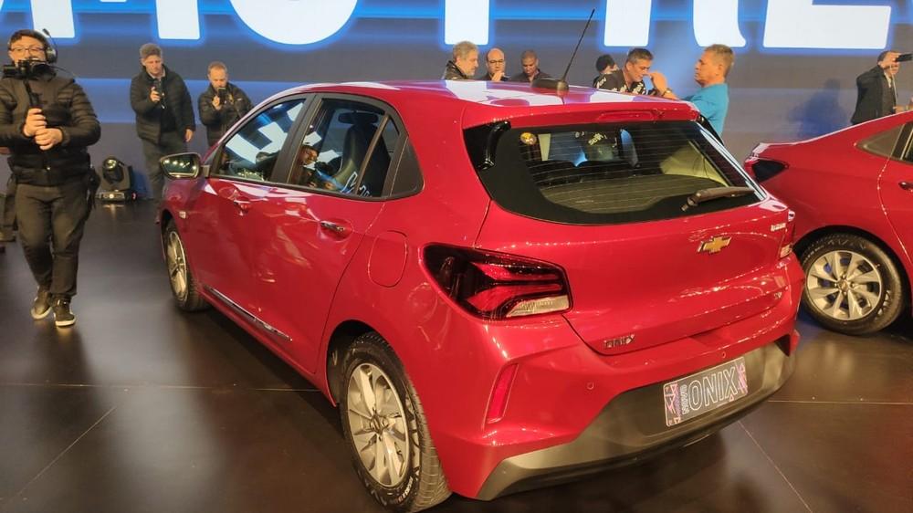 Chevrolet Onix 2020 parte de R$ 48.490; veja fotos, preços e versões Onixch11