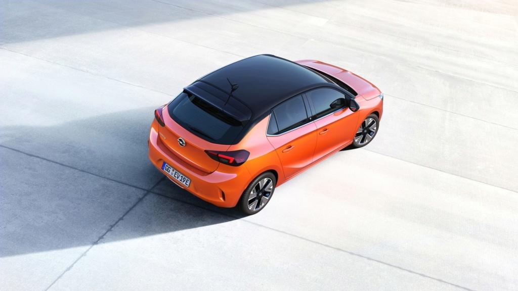 Corsa vira carro 100% elétrico em sua 6ª geração Opel-c12