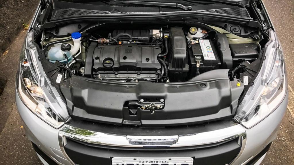 Peugeot 208 perde versões enquanto espera por nova geração Peugeo31