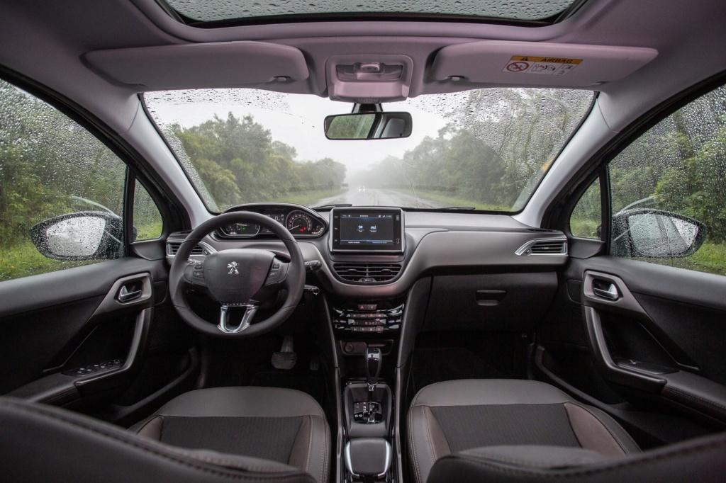 Peugeot 2008 turbo automático: primeiras impressões Peugeo37