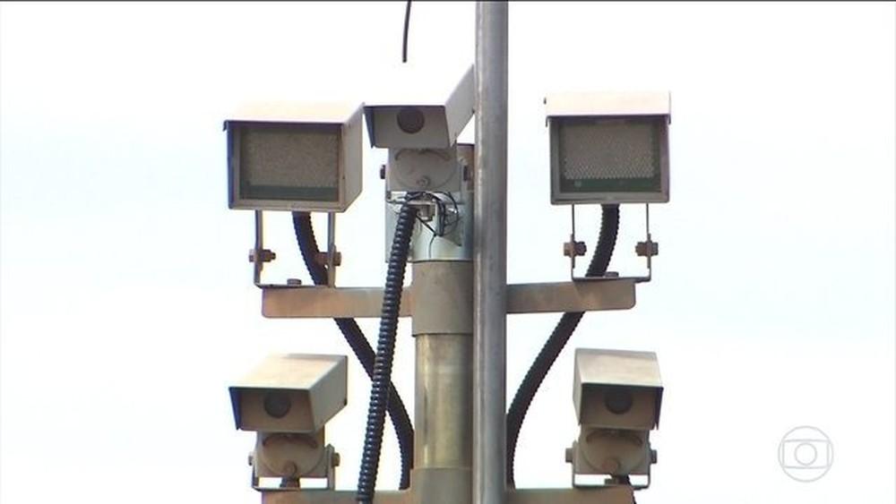 Consideradas de alto risco, rodovias federais no DF não possuem radares em funcionamento Radar12