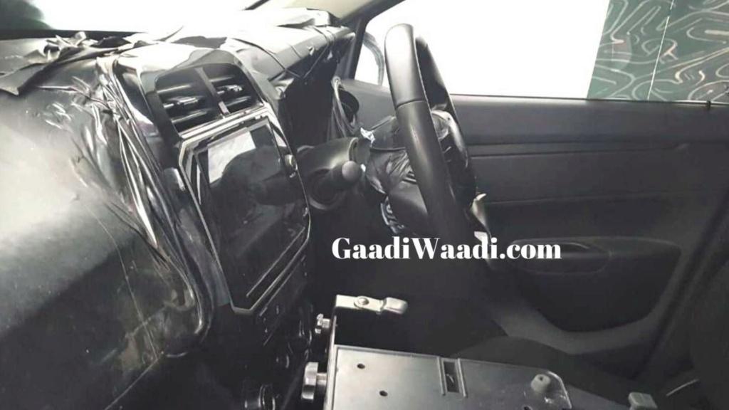 Renault Kwid reestilizado terá elementos da minivan Triber na cabine Renaul21