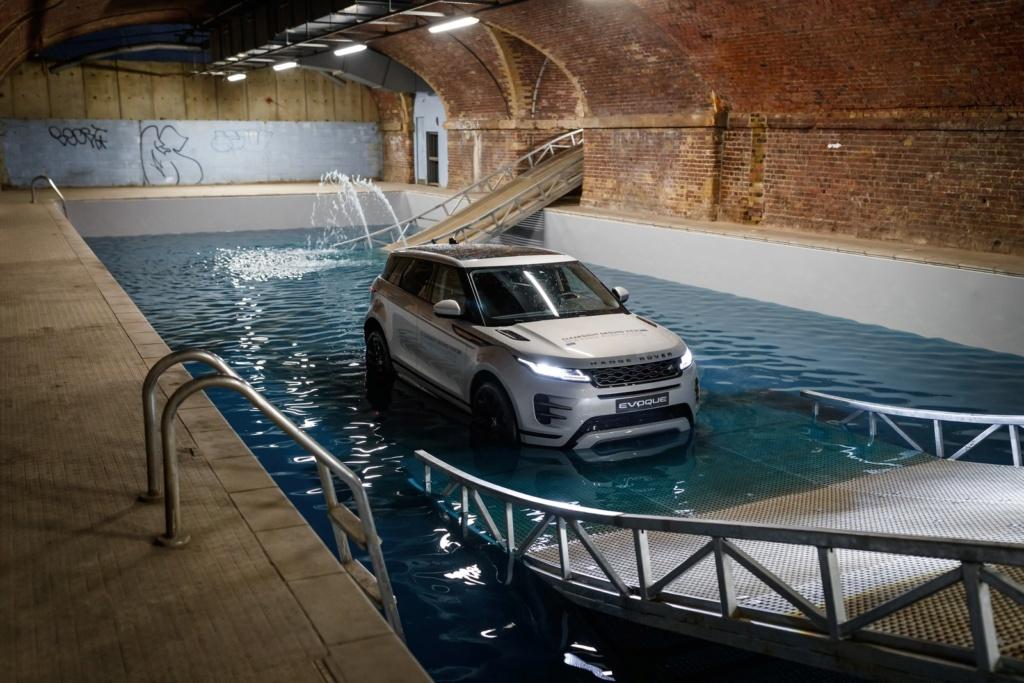Land Rover lança novo Evoque no Brasil por R$ 312.900 Rrevq212