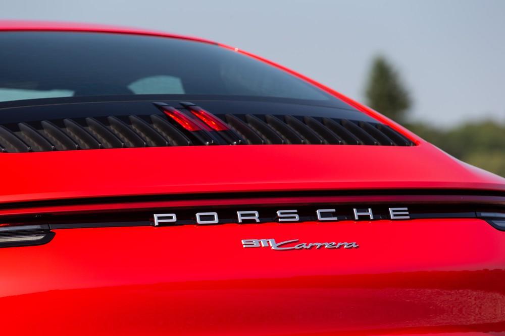 Porsche 911 Carrera: primeiras impressões S19-4110