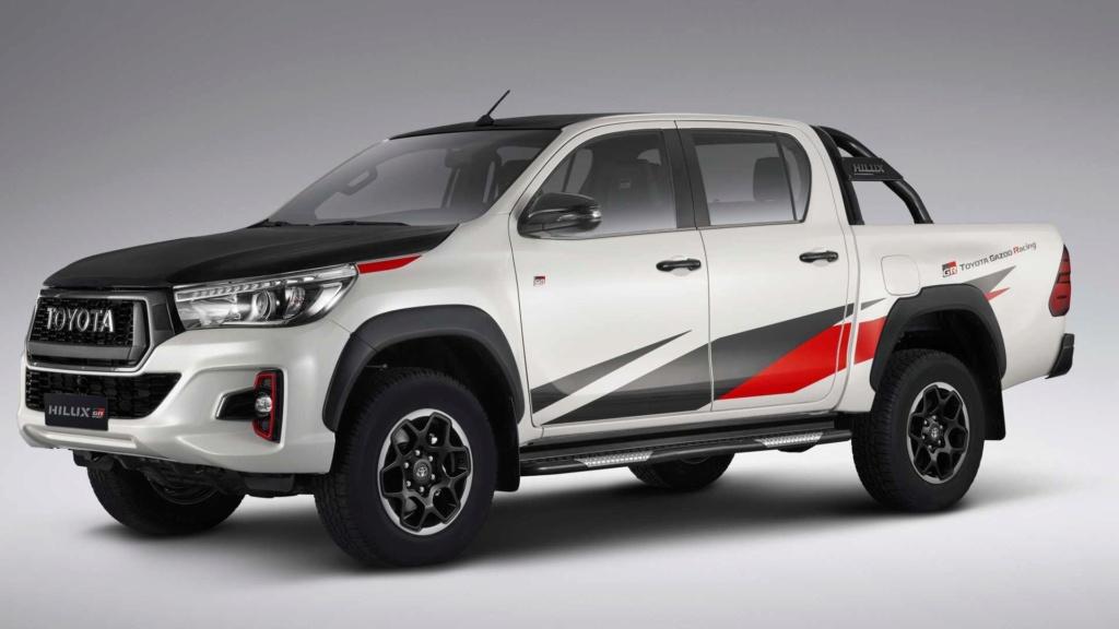 Hilux GR terá motor V6 gasolina e deve ser vendida no Brasil Toyota39