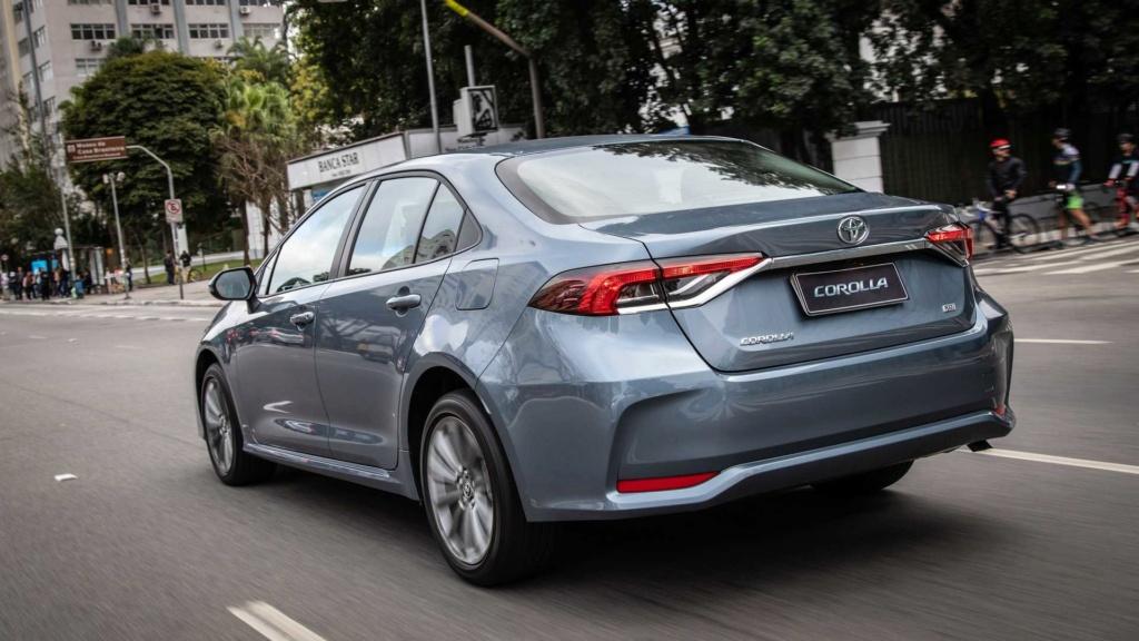 Toyota lança novo Corolla, primeiro carro híbrido flex, por R$ 124.990 Toyota45