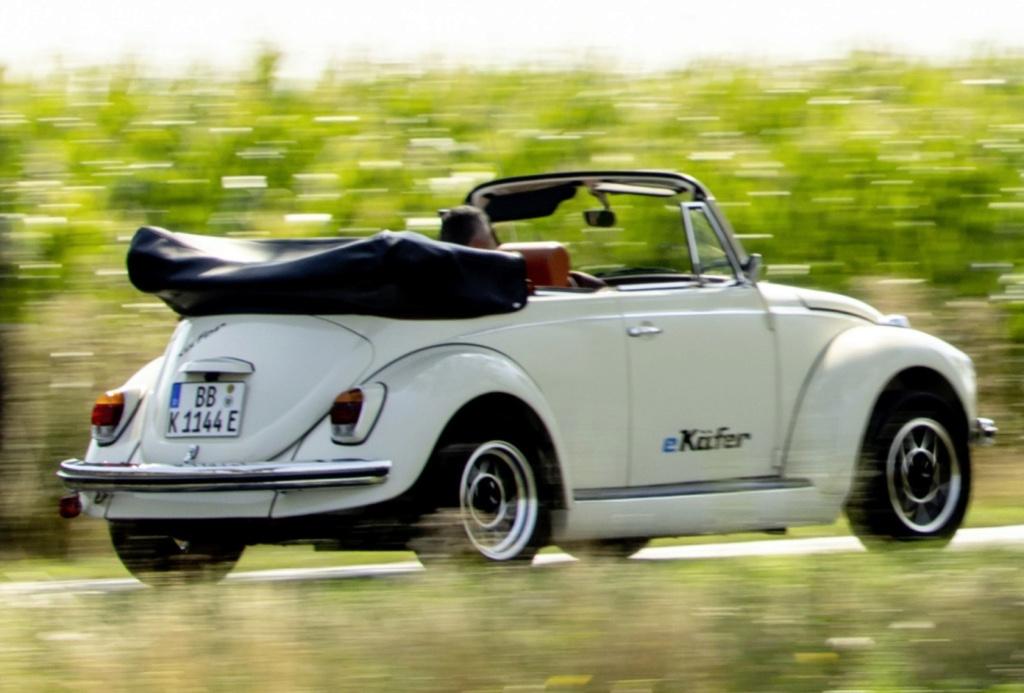 Fusca clássico vira elétrico no Salão de Frankfurt, e pode custar até R$ 450 mil Volksw27