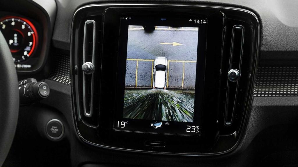 Volvo começa a vender seminovos com certificação de fábrica no Brasil Volvo-16