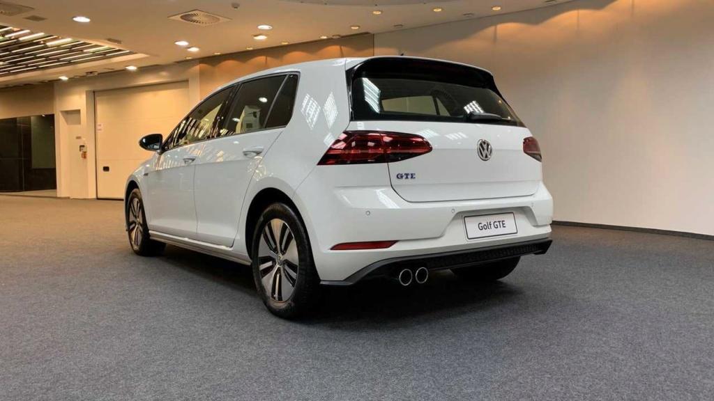 VW Golf GTE é lançado no Brasil com preço de R$ 199.990 Vw-gol17