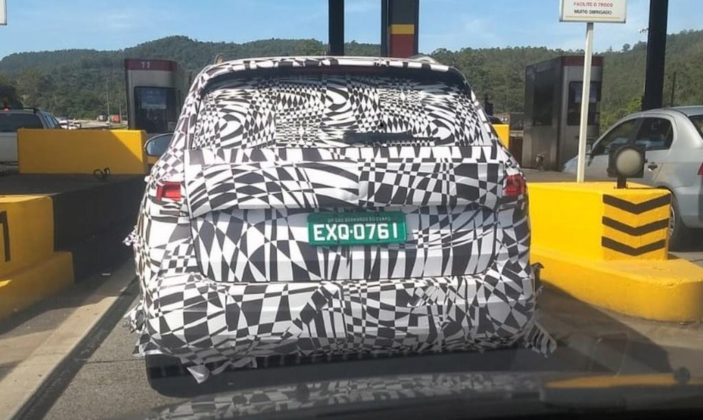 Volkswagen Tarek, rival do Compass, é flagrado em testes no Brasil Whatsa10