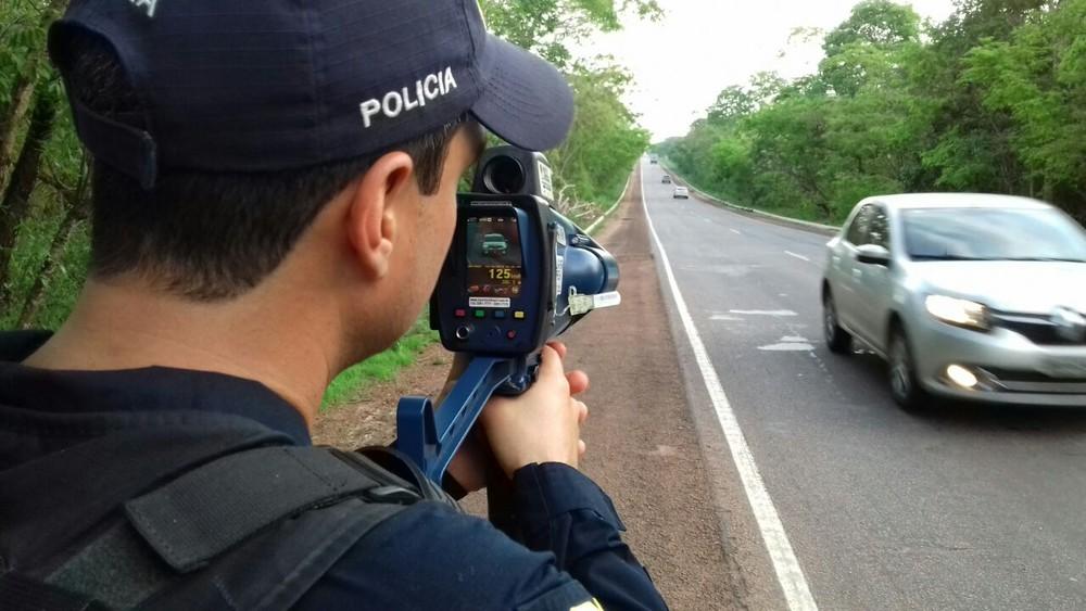 Governo determina suspensão do uso de radares móveis em rodovias federais Whatsa20