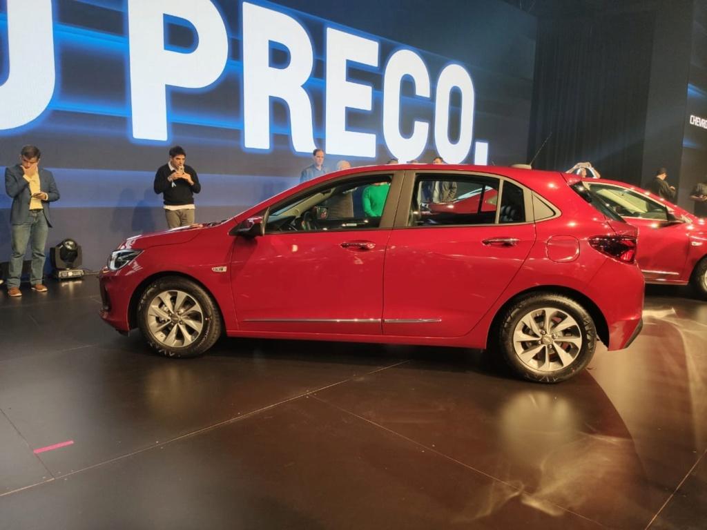 Chevrolet revela nova geração do Onix Whatsa32