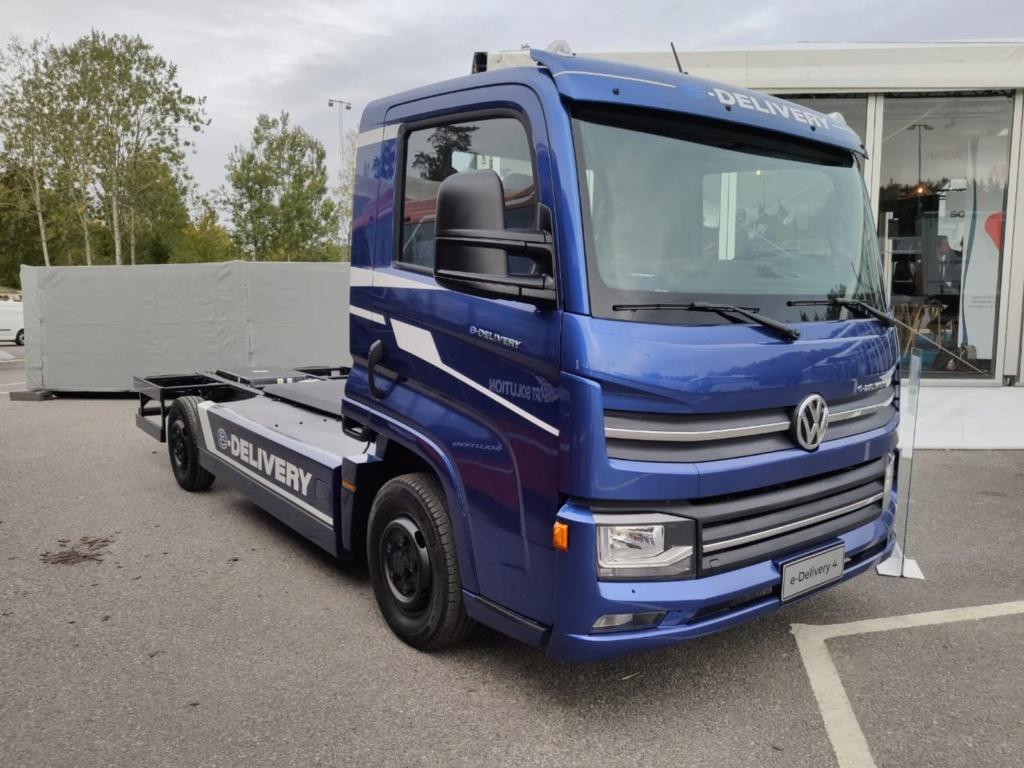 Volkswagen anuncia plano para produção e vendas de caminhões elétricos no Brasil Whatsa37