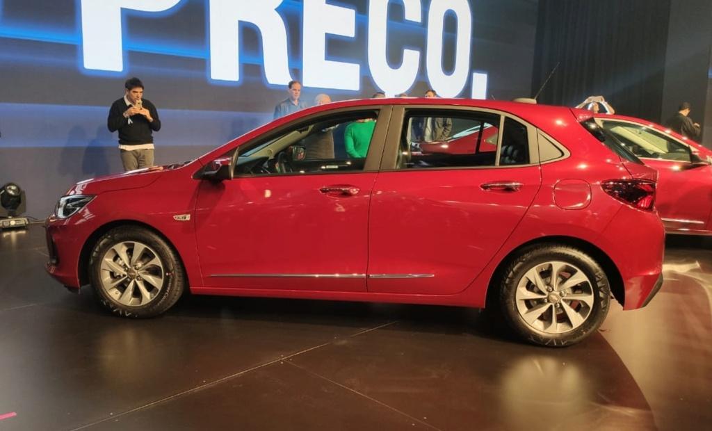 Chevrolet revela dimensões do novo Onix hatch e dados do motor 1.0 sem turbo Whatsa39