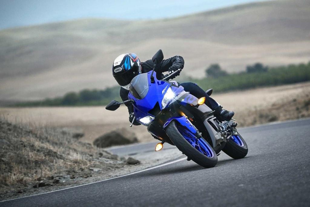 Yamaha YZF-R3 chega renovada ao Brasil por R$ 23.990 Yamaha17