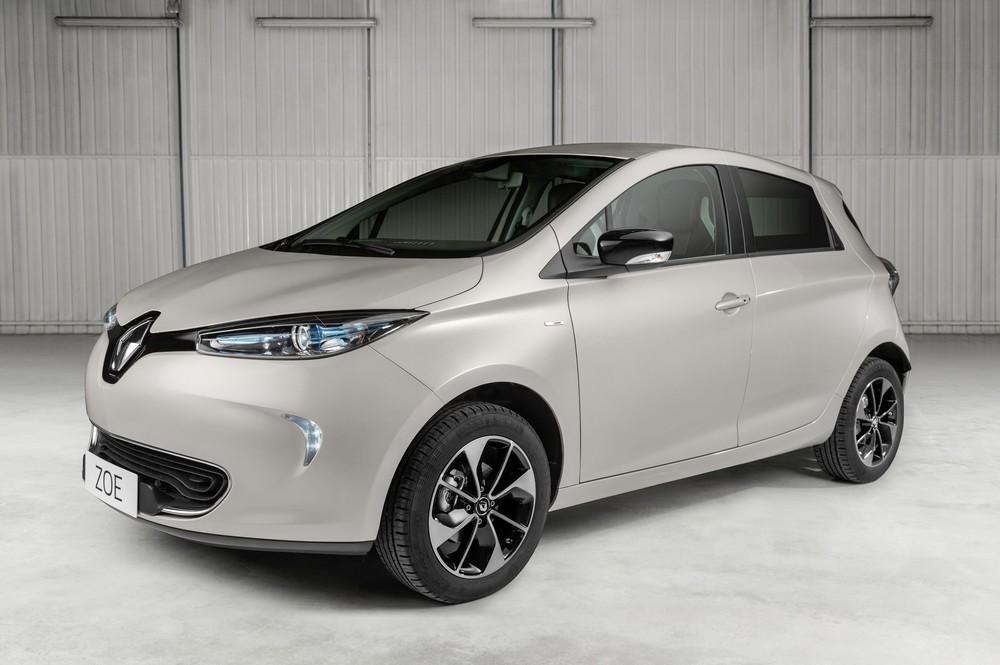 Renault mostra novo Zoe na Europa, mas Brasil segue com versão atual Zoe10