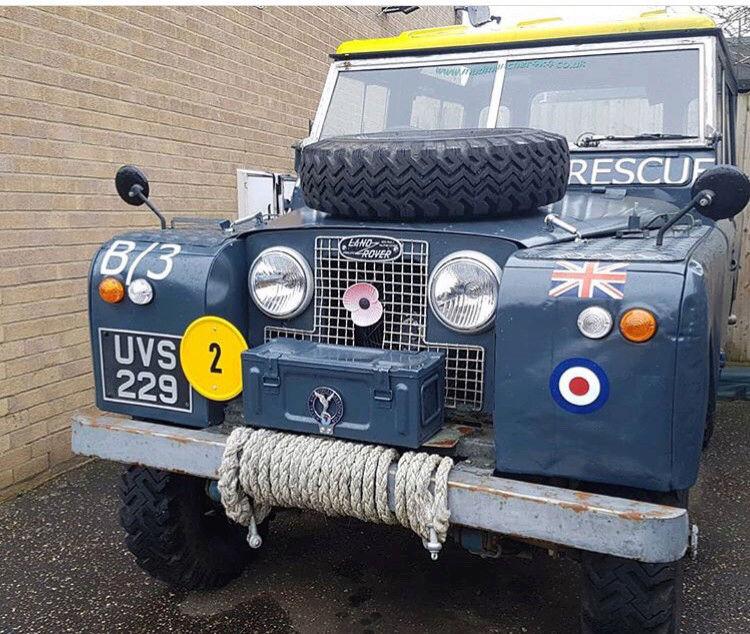 Random Land Rover pics  15219456