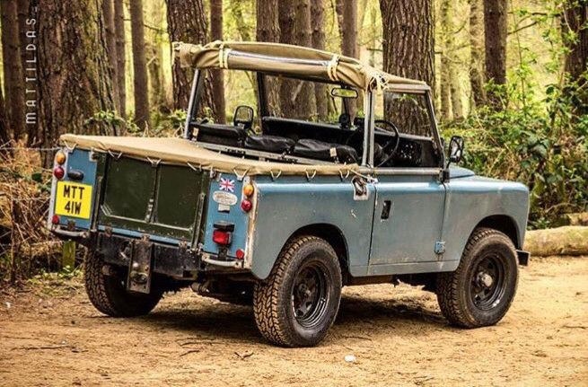 Random Land Rover pics  15219458