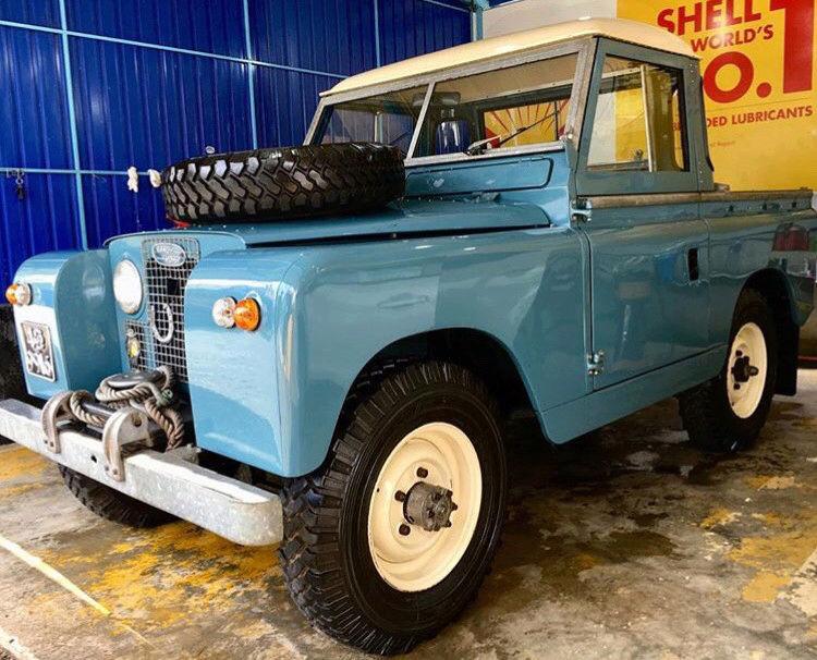Random Land Rover pics  15219470