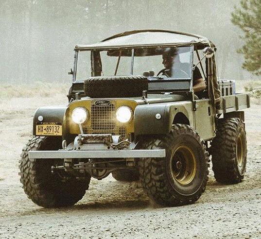 Random Land Rover pics  15219479