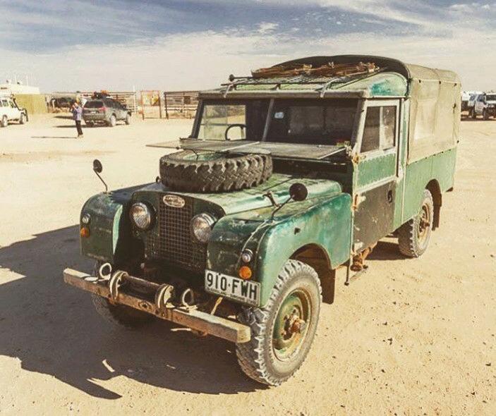 Random Land Rover pics  15219481