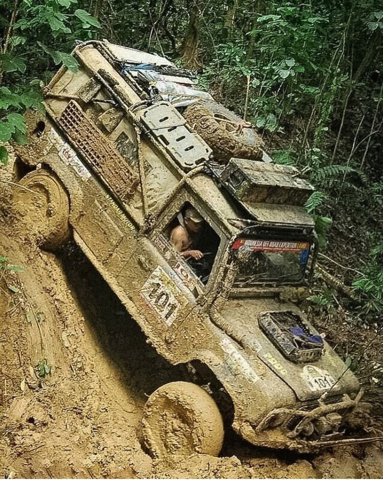 Random Land Rover pics  15220159