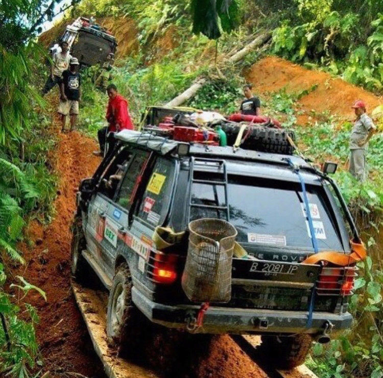 Random Land Rover pics  15225824