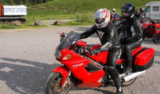 Question : Look Urbain ou look Cosmonaute pour ceux qui roulent à moto sur route? Dsc01710