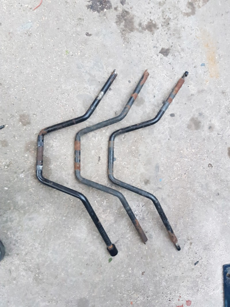 Anyone able to identify the model of these bars. 20180410