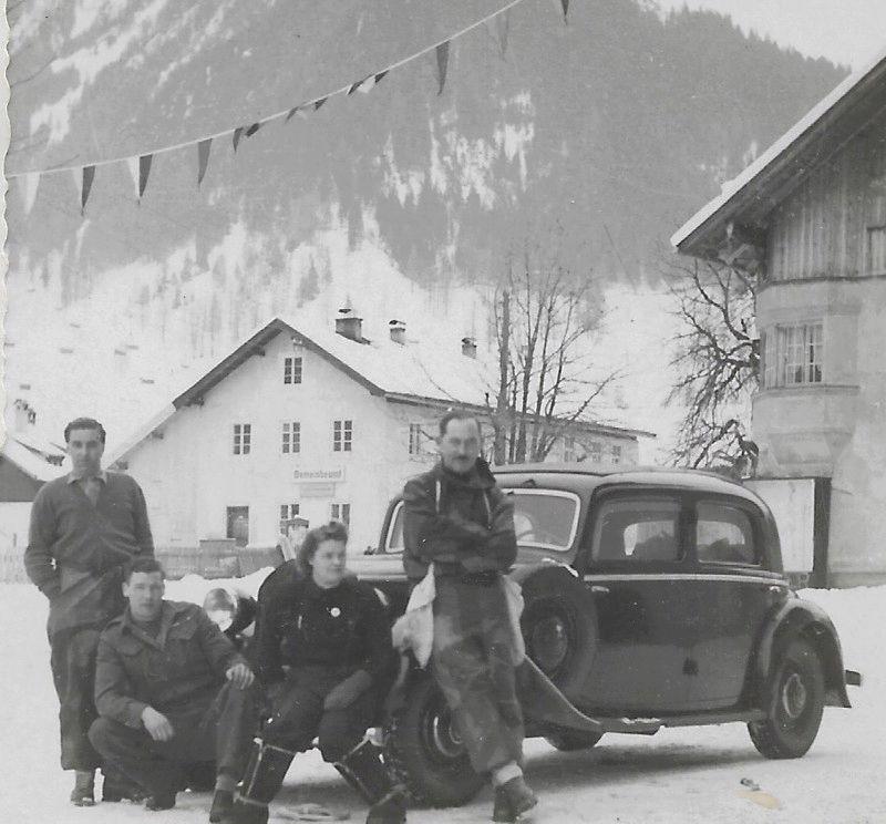 Siegen Club 1948 15259713