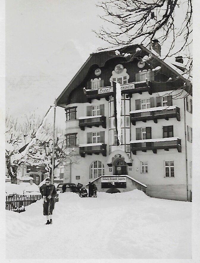 Siegen Club 1948 15259714