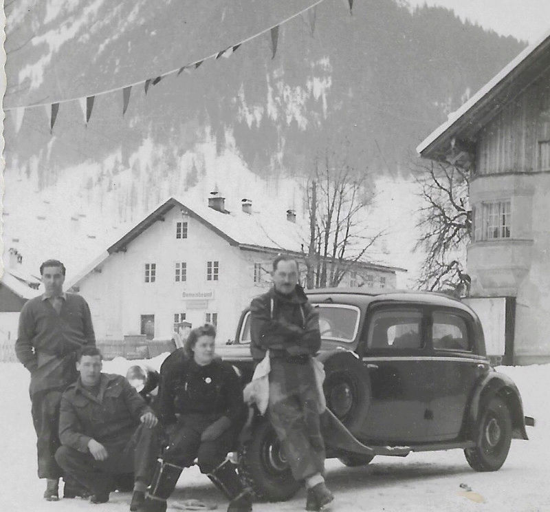 Siegen Club 1948 15259715