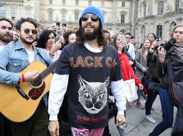Jared leto au louvre a paris avril 2018 15253311