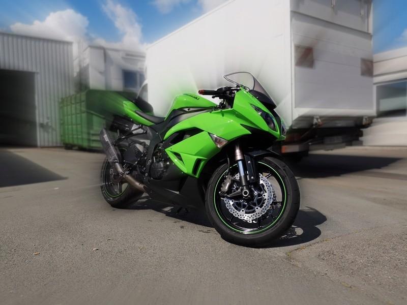 Futur green biker  20180512