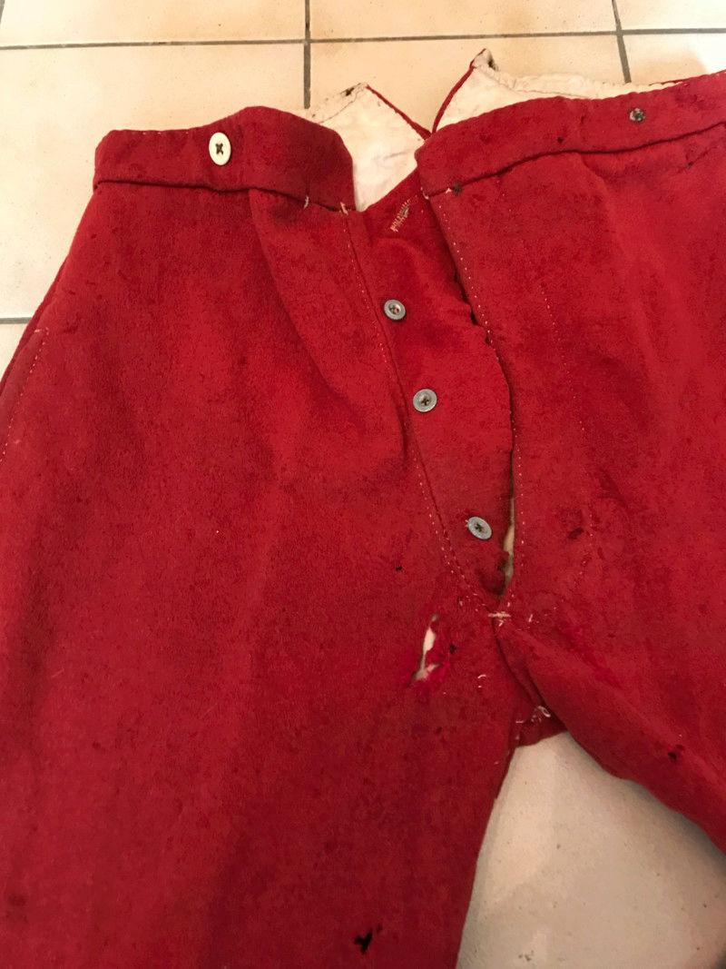 Pantalon rouge en garance militaire  15282717