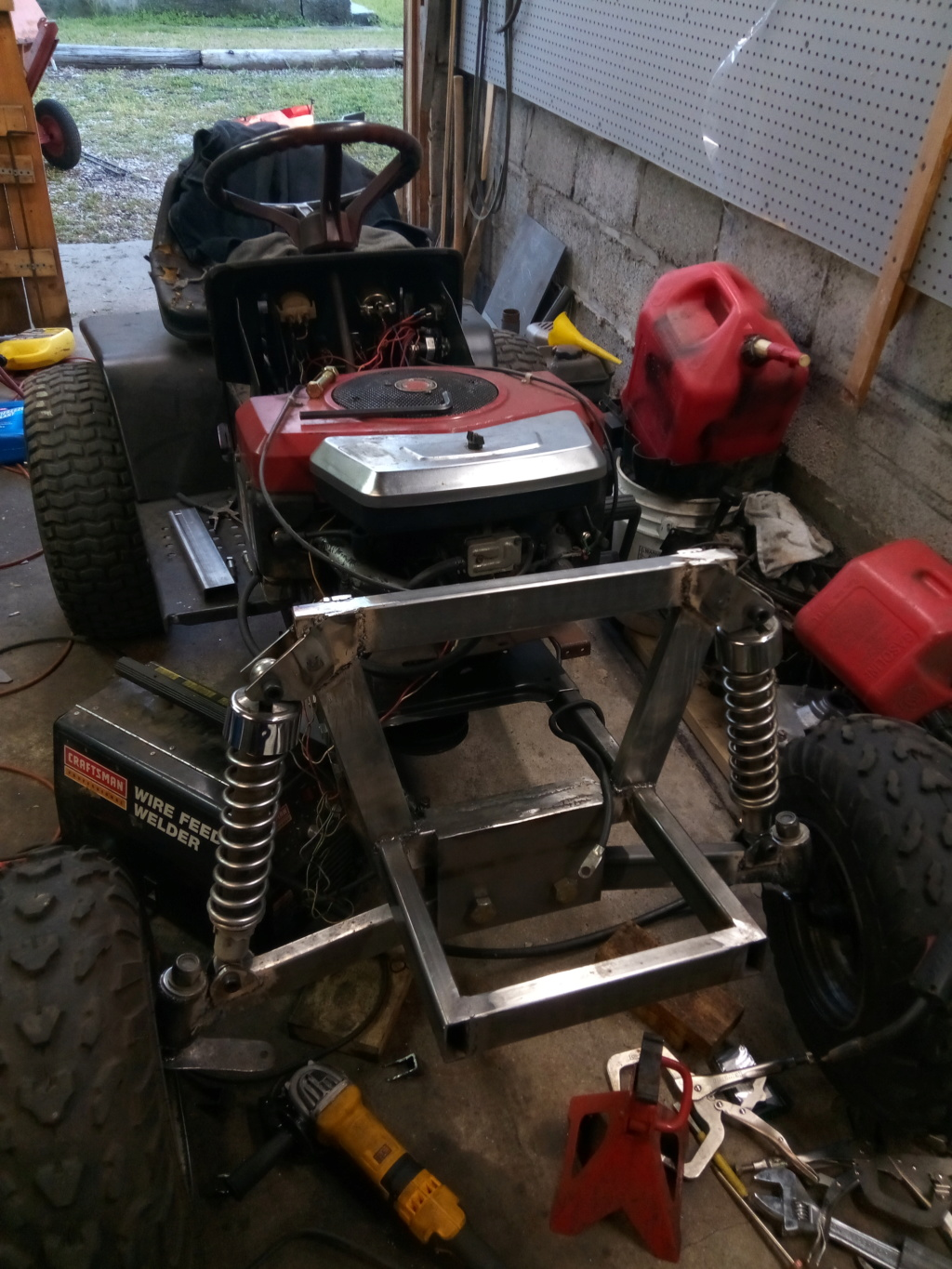 George Gooding's Mini-Beast [Former 2019 Build-Off Entry] Img_2035