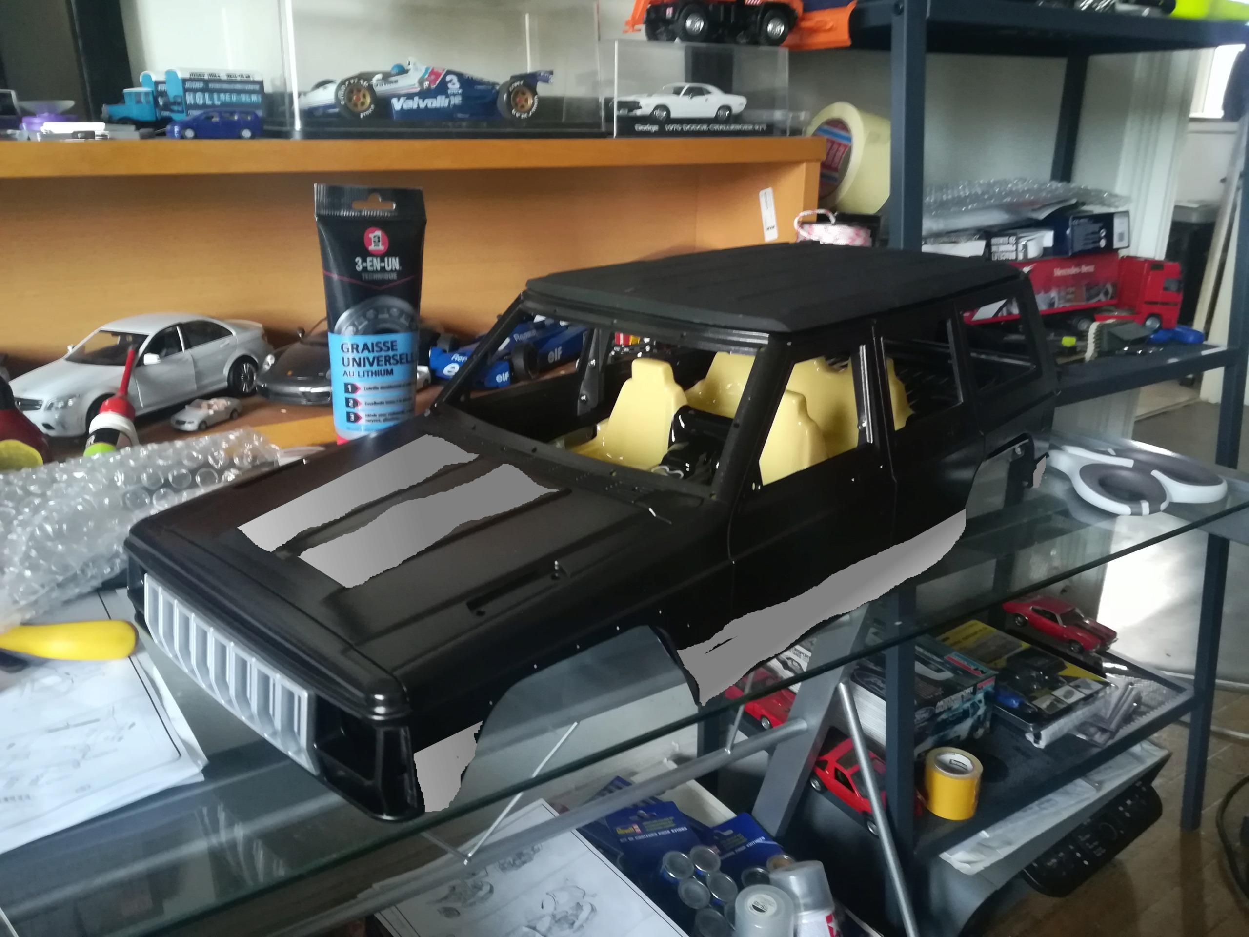 Mon TRX4 sur carrosserie Jeep Cherokee XJ 90's Img_2047