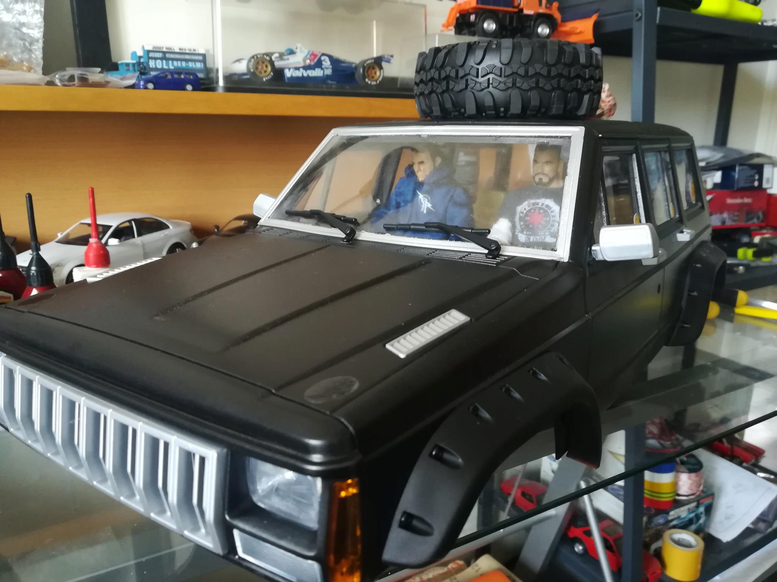 Mon TRX4 sur carrosserie Jeep Cherokee XJ 90's - Page 2 Img_2066