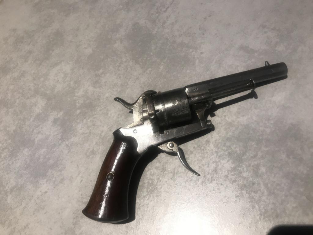 info revolver Img_3410