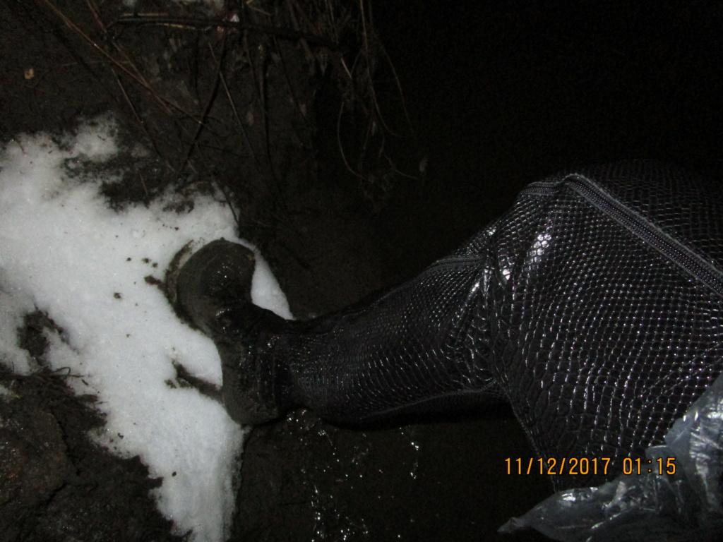 """Женские """"ботфорты"""" на высоких каблуках в грязи!!! Img_0110"""