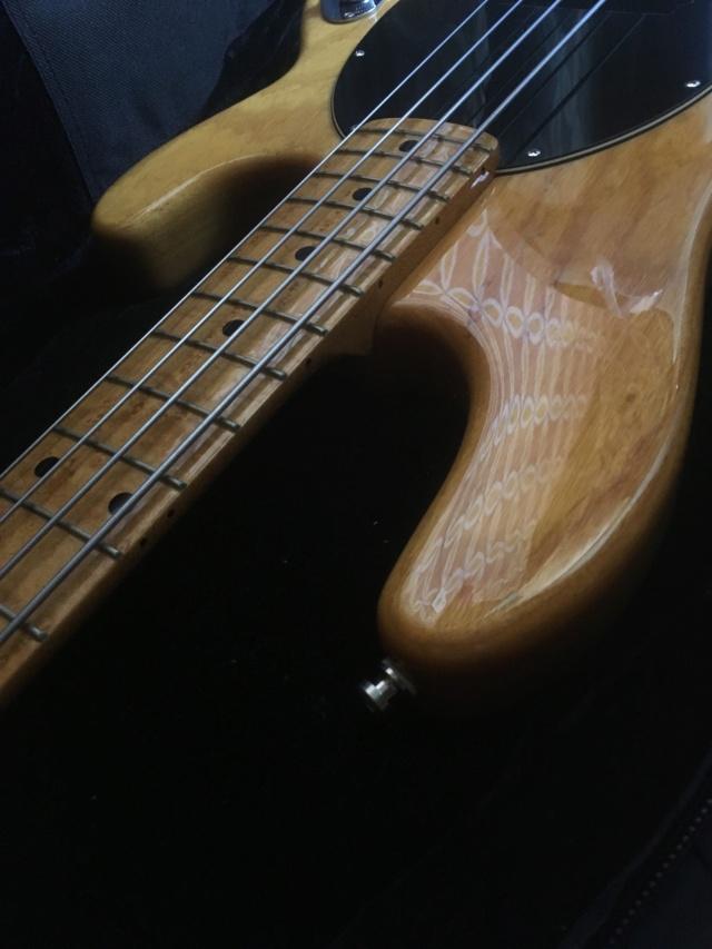 Straplock Fender (tipo Schaller) no Musicman StingRay. Como fazer? Img_9711