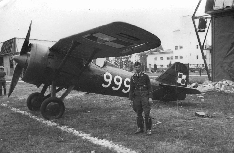 [ CINEMA4D ] (WIP) Avion PZL P11c (Pologne 1931) 1er-vo10