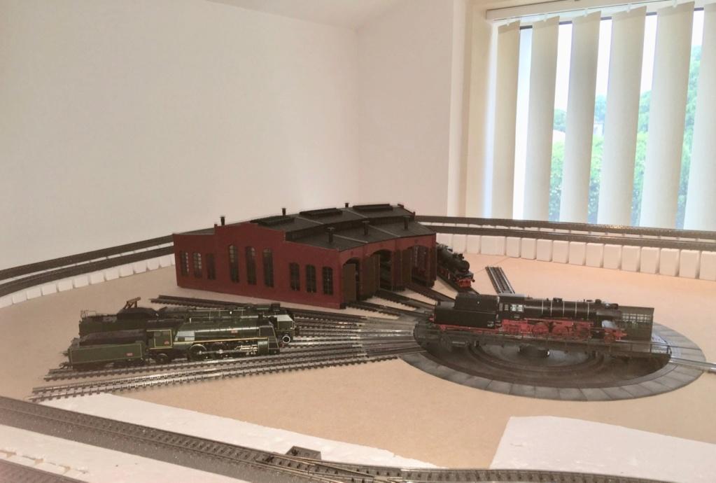 Histoire de trains - Page 2 Img_0110