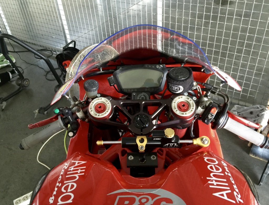 VENDS DUCATI 1098RS CORSE - MOTO WSBK - 18,000€ AD Ghjphs10