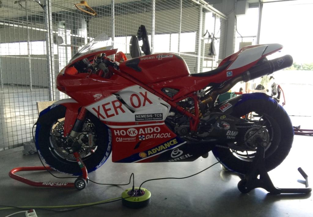 VENDS DUCATI 1098RS CORSE - MOTO WSBK - 18,000€ AD Uhocot10