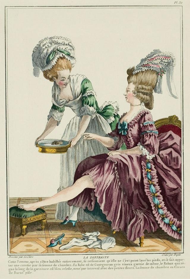 Les souliers et chaussures de Marie-Antoinette  - Page 4 Galeri10
