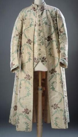 La robe de chambre pour les hommes au XVIIIe siècle - Page 2 Museae12