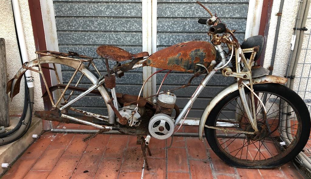 ¿Qué moto es? Img_2110
