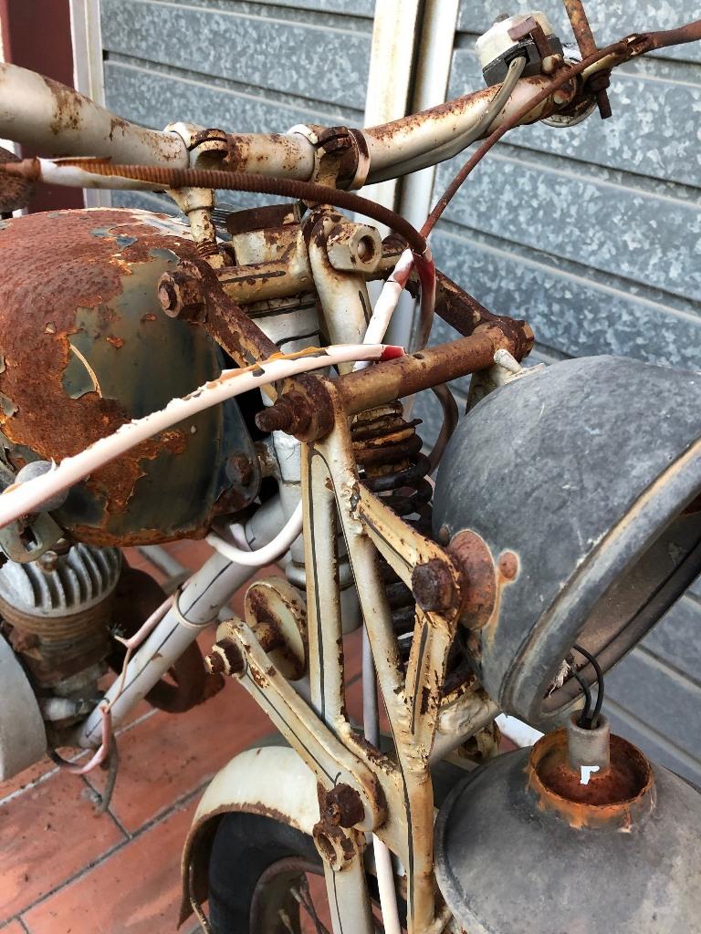 ¿Qué moto es? Img_2210