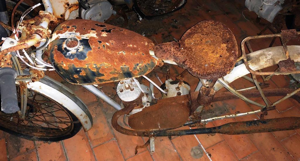 ¿Qué moto es? Img_2212